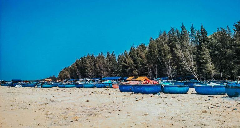 du lịch lagi nên đi đâu? bãi biển cam bình