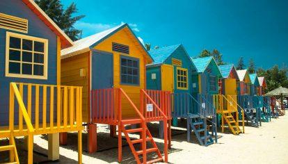 day-nha-beach-huts-tai-coco-beach-camp