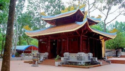 tham quan dinh thầy thím - địa điểm du lịch tâm linh nổi tiếng tại lagi phan thiết