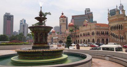 du lịch kuala lumpur nên đi đâu? quảng trường merdeka