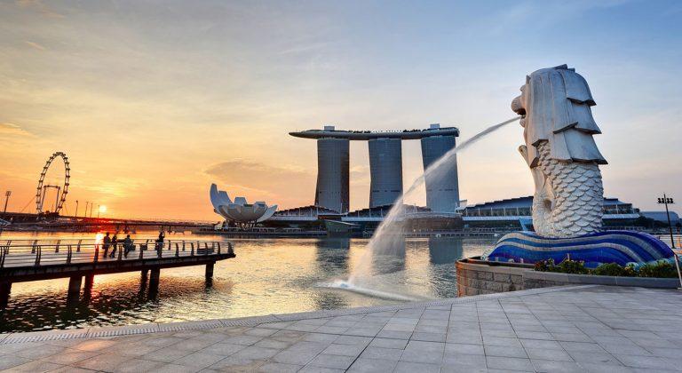 tuong-su-tu-bien-merlion-singapore