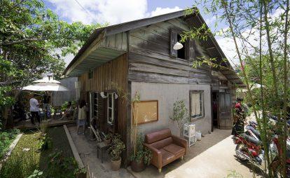 khuon-vien-ben-trong-still-cafe