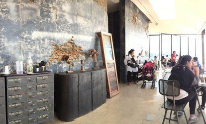 khong-gian-ben-trong-quan-monsant-cafe