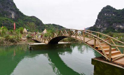 ngoi-lang-tho-dan-trong-phim-kong-skull-island